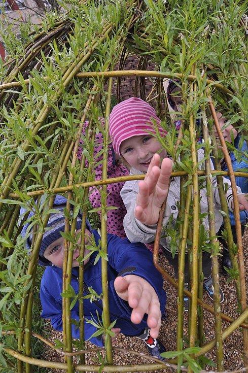 Děti v Pohořelicích mají k dispozici novou zahradu za čtyři miliony korun.