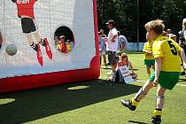 Součástí turnaje byly i zábavní atrakce a dovednostní soutěže.