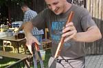 Soutěže v pojídání špaget, meruňkových knedlíků a pití piva na ex zpestřily sobotní Slavnosti piva ve Staré Břeclavi. Na výběr bylo z dvaadvaceti druhů pivních speciálů.