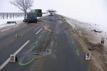 Na silnici mezi Velkými Pavlovicemi a Bořeticemi došlo k tragické nehodě.