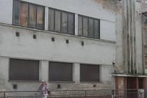 Budova v centru Břeclavi, kde před lety fungoval EmM Klub. Ilustrační foto.