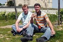 Vinař Marek Šoman (vpravo) z Dolních Dunajovic s bratrem Stanislavem.