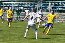 Fotbalisté Břeclavi porazili doma Žďár nad Sázavou 3:1.