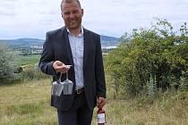 Bronislav Vajbar je majitelem rakvického Vinařství Vajbar.