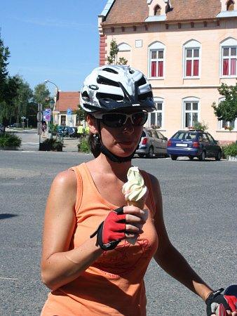 Pravá chorvatská zmrzlina je pro všechny velké lákadlo.