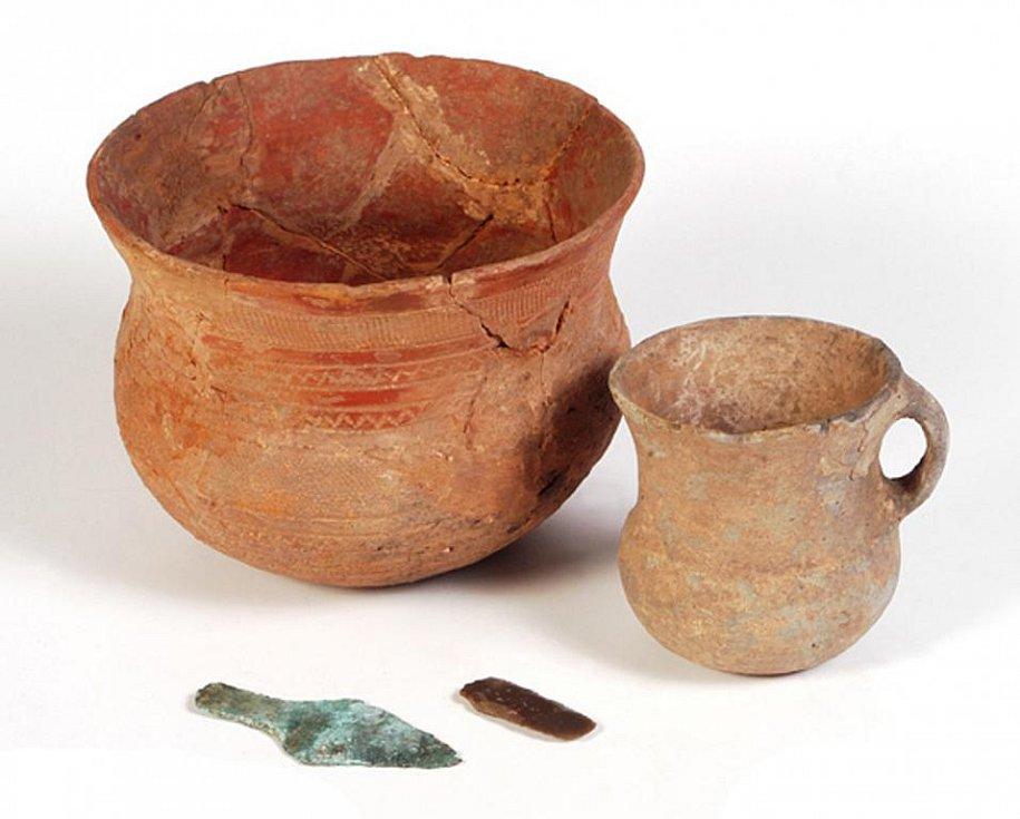 Předměty lidu se zvoncovitými poháry (foto P. Berounský).