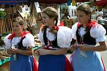 Letos bylo na Dnu lidových řemesel v Moravské Nové Vsi osmdesát stánků.