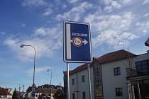 Nová silnice z Valtic do Katzelsdorfu.