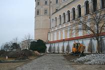 Barokní podobu dostane po úpravách znovu zámecká zahrada v Mikulově. Náklady se vyšplhají na zhruba dvacet milionů korun, většinu zaplatí dotace z Evropské unie. Mírná zima umožňuje stavebníkům na místě pracovat už nyní.