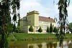 Oslaví 100 let Obchodní akademie Břeclav
