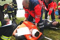 Taktické cvičení záchranářů v dolní novomlýnské nádrži.