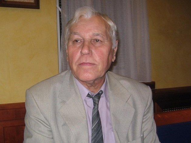 První polistopadový přednosta Okresního úřadu v Břeclavi Dalibor Neděla starší zemřel. Bylo mu 85 let.