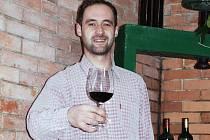 Vinař Erik Lanžhotský z Velkých Bílovic.