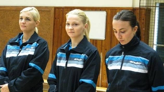 Aktuální sestava stolních tenistek Břeclavi (zleva) Ellö, rumunská posila Dodean a Kučerová.