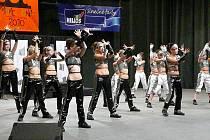 Tanečníci E.M. Dancers z Břeclavi.