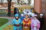 Koledování malých Tří králů mohli rodiče sledovat v živém vysílání na webu. FOTO: Archiv zařízení