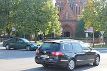 Křižovatka v Poštorné patří mezi nejfrekventovanější v Břeclavi.