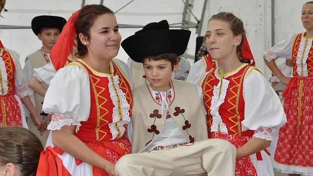 Folklórní festival v Hustopečích