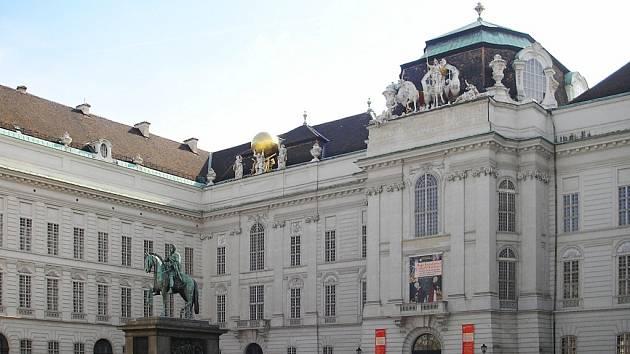 Rakouská národní knihovna ve Vídni.