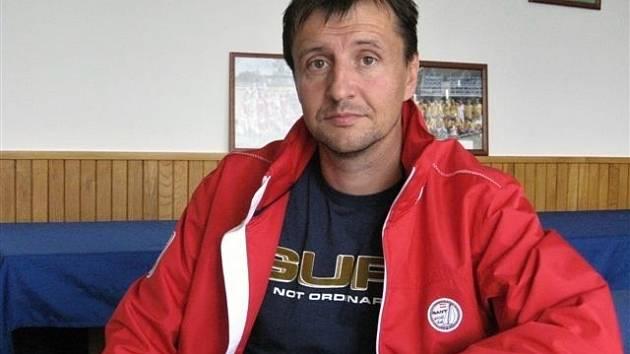 Nástupcem trenéra Petra Maléře u devatenáctky MSK se stal Jiří Pecha.