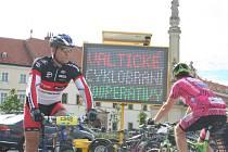 V sobotu se uskutečnilo druhé Valtické cyklobraní. Vyhrál jej Kristian Hynek. Z města vyjelo více než dva tisíc závodníků.