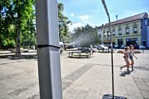 Nově se lidé mohou ochladit u břeclavského gymnázia