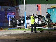 V Sovadinově ulici v Břeclavi se stala vážná dopravní nehoda, při níž zemřela žena.