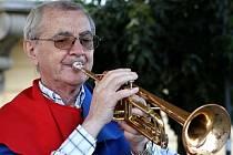 Hudebník Karol Porubský oslavil osmdesát let.
