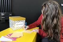 Schránky s přáními pro osamělé děti a důchodce najdou zájemci v Břeclavi a Lednici.