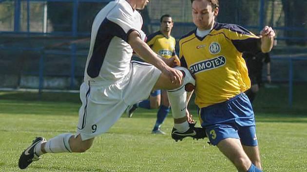 Igor Vymyslický (vpravo) ještě v dresu břeclavského klubu.