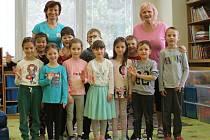 Děti z mateřské školy u Splavu v Břeclavi