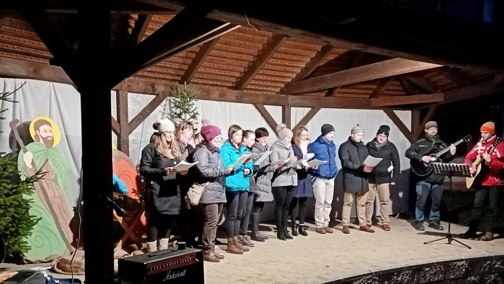 Na Štěpána zpívají Boleradičtí už patnáct let
