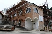 Svou původní tvář získává znovu synagoga v Mikulově.