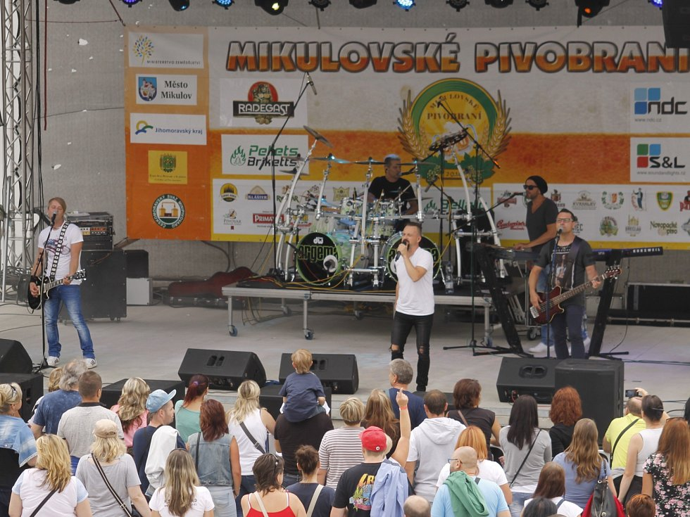Mikulov hostil šestý ročník pivobraní.