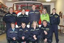 Dobrovolní hasiči z Perné jsou pyšní na svou Tatru 148 CAS 32. Tento vůz dokáže vyjet i na Pálavu. Hasiči mají zkušenosti také s filmováním, hráli v seriálu Vinaři.