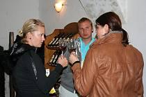 Noční putování za vínem ve Velkých Pavlovicích.