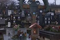 Diváky, hrob Viléma Mrštíka.