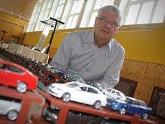 V Moravské Nové Vsi se konala výstava modelů. Její součástí se stal také úspěšný pokus o rekord v podobě nejdelšího autovlaku.