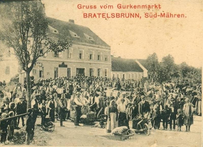 Okurkový trh v Bratelsbrunnu.