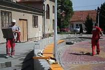 Příprava na hody v Kobylí na Moravě.