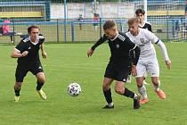 Břeclavští fotbalisté (v černém) v této sezoně jsou zatím na páté pozici.
