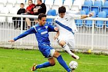 Fotbalisté MSK Břeclav (v modrém) odjeli z Frýdku-Místku bez bodu.