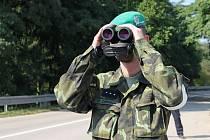 Policisté s vojáky procvičovali v úterý znovuzavedení kontrol na státní hranici se Slovenskem. Stanoviště měli i na silnici druhé třídy mezi Lanžhotem a Brodským.