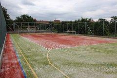 Vrbičtí mají nové multifunkční hřiště pro sportovce i děti.
