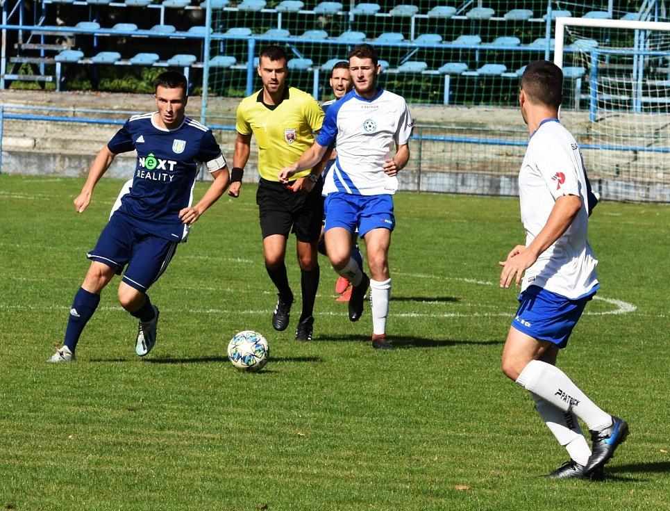 Fotbalisté MSK Břeclav (v modrém) porazili Polnou 1:0.