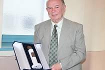 František Šulák hraje na cimbál celý život.