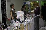 Sobotní rozjezd svatebního veletrhu přilákal do Shopping Centra řadu návštěvníků, zejména žen.