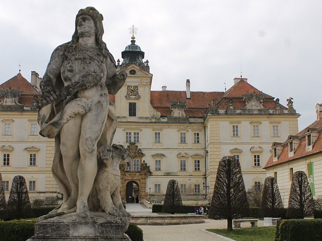 Valtický zámek. Ilustrační foto.