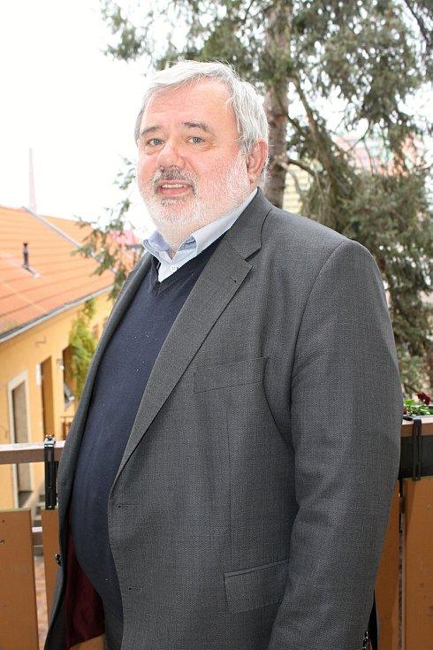 Předseda České lékařské komory na Břeclavsku Karel Klanica.