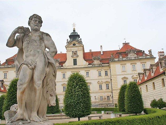 Valtický zámek - ilustrační foto.